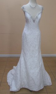 Alfred Angelo Ivory/Silver Lace 2524 Formal Wedding Dress Size 8 (M)