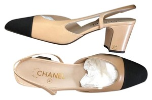 Chanel Slingbacks Two Tone Cc Slingback Size 38.5 Beige Pumps