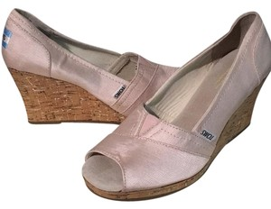 TOMS Satin pink Wedges