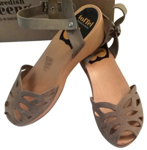 swedish hasbeens Khaki Sandals