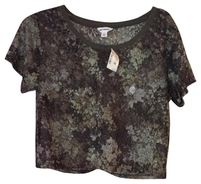 Preload https://item2.tradesy.com/images/aeropostale-tee-shirt-size-8-m-1705786-0-0.jpg?width=400&height=650
