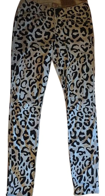 Item - Black and White Halle Skinny Jeans Size 24 (0, XS)