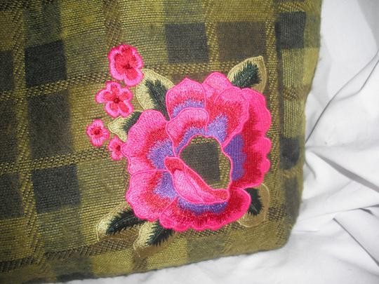 Cynthia Rowley Wool Tweed Floral Embroidery Tote in Green