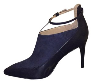 Banana Republic Navy Pumps