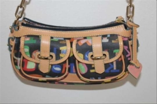 Preload https://item4.tradesy.com/images/dooney-and-bourke-graphic-leather-shoulder-bag-170648-0-0.jpg?width=440&height=440