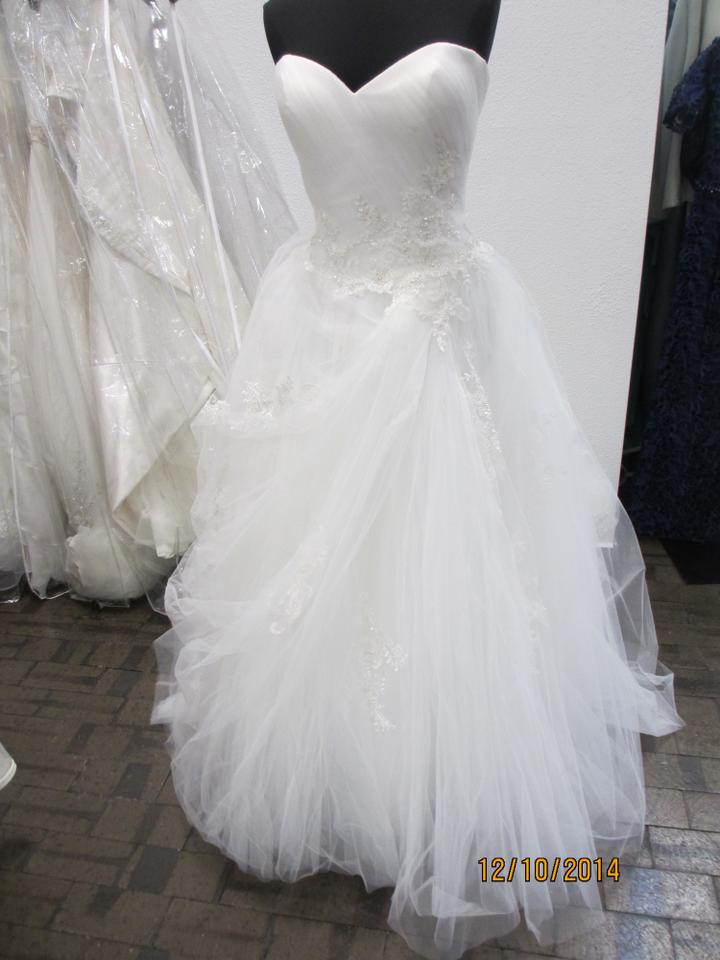 Casablanca Ivory Tulle 2112 155l Formal Wedding Dress Size 14 L