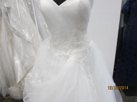 Casablanca Ivory Tulle 2112 (155l) Formal Wedding Dress Size 14 (L)