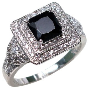 9.2.5 stunning Onyx and white topaz square cocktail ring size 8