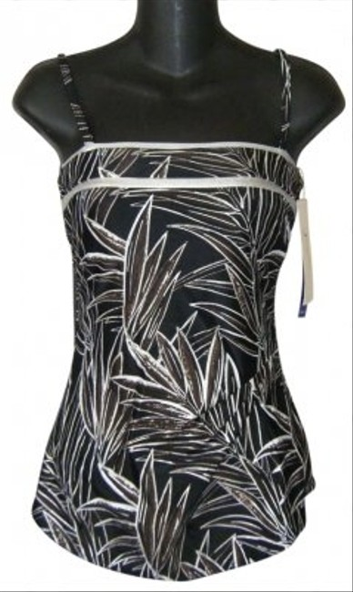 Preload https://item5.tradesy.com/images/gottex-swimsuit-draped-convertible-multi-silver-foil-skirt-front-one-piece-bathing-suit-size-6-s-170669-0-0.jpg?width=400&height=650