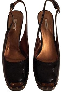 Miu Miu Unique Slingback Patent Leather Square Toe Rare Black patent Platforms