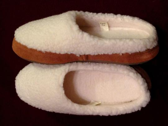 Tempur Pedic Comfort Slippers Women's Fleece Upper Foam Foam Footbed Comfy Comfortable Cushy Slippers white Mules
