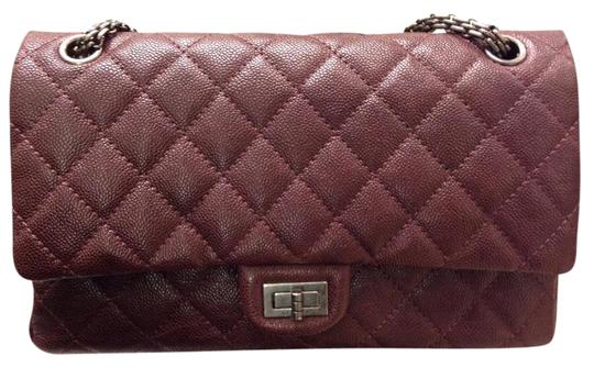Preload https://item2.tradesy.com/images/chanel-255-reissue-double-flap-classic-burgundy-caviar-shoulder-bag-1706901-0-2.jpg?width=440&height=440