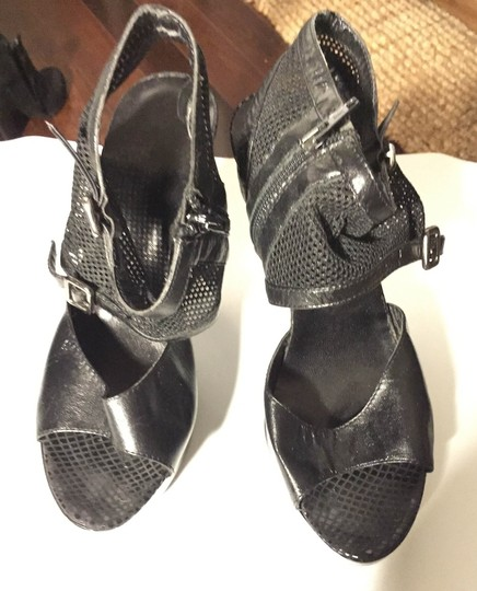 Report Signature Sandals Mesh Netted Designer Black Platforms