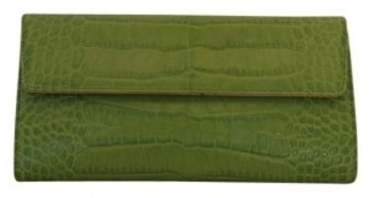 Preload https://item1.tradesy.com/images/kate-spade-green-alligator-embossed-leather-checkbook-wallet-170695-0-0.jpg?width=440&height=440