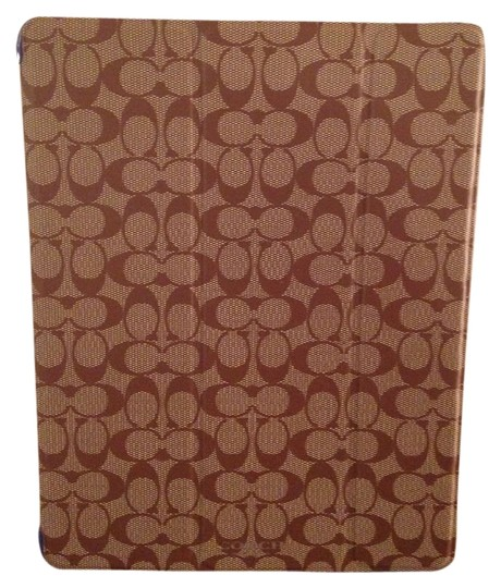 Preload https://item3.tradesy.com/images/coach-khakiblue-nwtcoach-peyton-signature-trifold-ipad-case-style-69079-and-tech-accessory-1706972-0-0.jpg?width=440&height=440