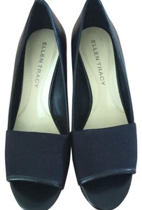 Ellen Tracy Black Wedges