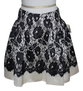 MILLY Full Pockets Skirt Black Lace Print