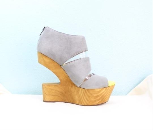 Dolce Vita Clay Wedges