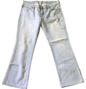 Old Navy Spandex The Diva Smoke/pet Free Boot Cut Jeans-Light Wash