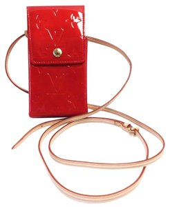 Louis Vuitton Louis Vuitton Red vernis phone pouch