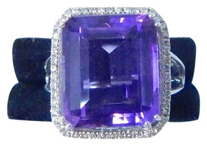 LOVELY CUSHION SHAPE STARBURST CUT AMETHYST RING 11 CT. 0.25 CT TOTAL DIAMOND IN SHANK/SPLIT-SHANK 14KT WHITE GOLD