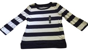 Gap 3/4 Sleeves Striped Super Soft Pet Smoke Free Top Navy and White