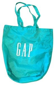 Gap Pet And Smoke Free Tote in Green