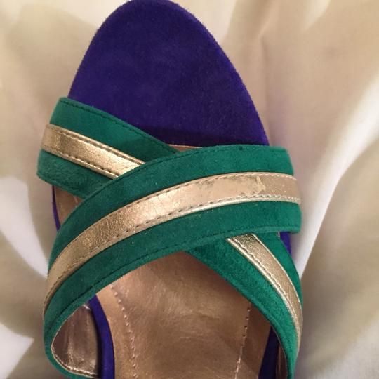 BCBG Paris Purple Green Gold Accent Wedges