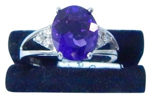 Other ALLURING OVAL SHAPE STARBURST CUT AMETHYST RING 2.5 CT. 0.18 CT TOTAL DIAMOND IN SHANK/SPLIT-SHANK 14KT WHITE GOLD
