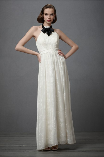 Item - Ivory Silk City Of Light Modern Wedding Dress Size 6 (S)