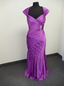 Mori Lee Raspberry Satin Chiffon 70615 Bridesmaid/Mob Dress Size 8 (M)