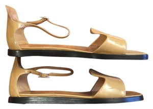 Hermès Comfortable All Nude patent leather Sandals