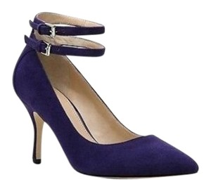 Audrey Brooke Dark Blue Pumps