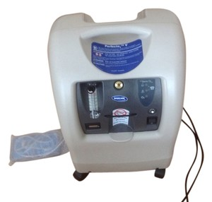 Invacare Oxygen Facial Machine/Invacare Brand
