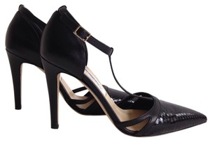 Saks Fifth Avenue Black Pumps