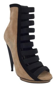 Gucci Open Toe Heels Penny Lane Beige/Black Boots