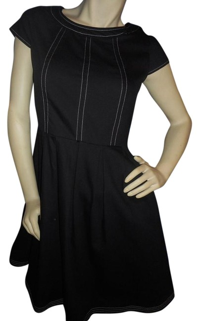 Item - Black with White Trim Fit & Flare Knee Length Cocktail Dress Size 6 (S)