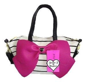 Betsey Johnson Medium Bone/black Fuchsia Bow Top Zip Closure Cross Body Satchel in bone/black/fuchsia bow