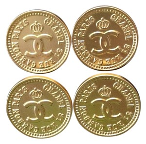Chanel ON SALE!! Chanel Rue Cambon Buttons, 4 Small, Gold