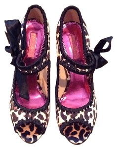 Betsey Johnson Leopard Pumps