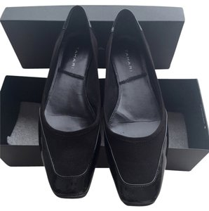 Tahari Patent Leather Rubber Soles Comfortable Daytime Evening Stylish Like New Black Flats