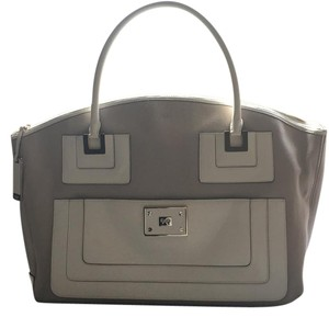 Anya Hindmarch Satchel in Beige