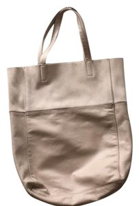 H&M Tote in beige rose
