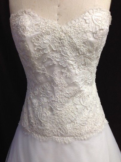 Monique Lhuillier Light Ivory White Ivory Lace Tulle Tasha X Strapless Lightweight Ballgown Aline Circle Skirt Sexy Wedding Dress Size 8 (M)