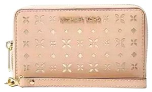 Michael Kors MICHAEL KORS JET SET PERFORATED Wallet PHONE CASE Wristlet NWT
