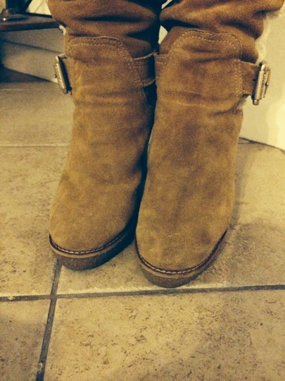 Michael Kors Beige And White Boots