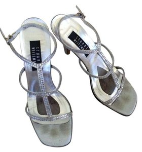 Stuart Weitzman Strappy Sandal Open Toe silver with rhinestones Formal