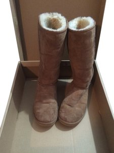 UGG Boots Brown Chestnut Boots