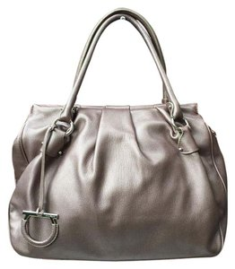 Salvatore Ferragamo Saffiano Contrasting Inside Shoulder Bag