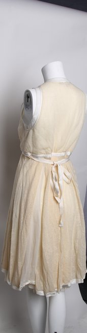 STRENESSE Creme Eggshell/Creme Above Mid-length Formal Dress Size 8 (M) STRENESSE Creme Eggshell/Creme Above Mid-length Formal Dress Size 8 (M) Image 4